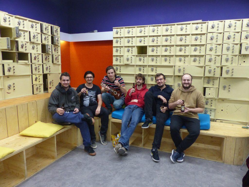 Les six membres de l'équipe des Déchets de Soirée