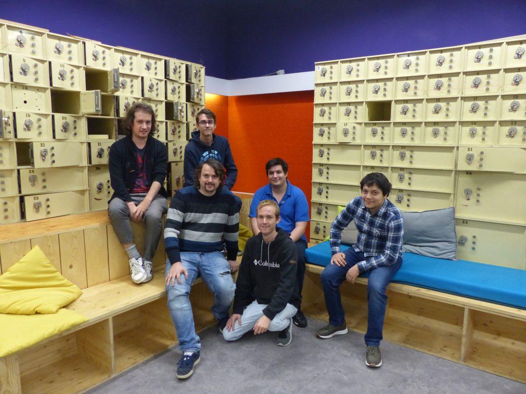 Les six membres de l'équipe Team Gamagora