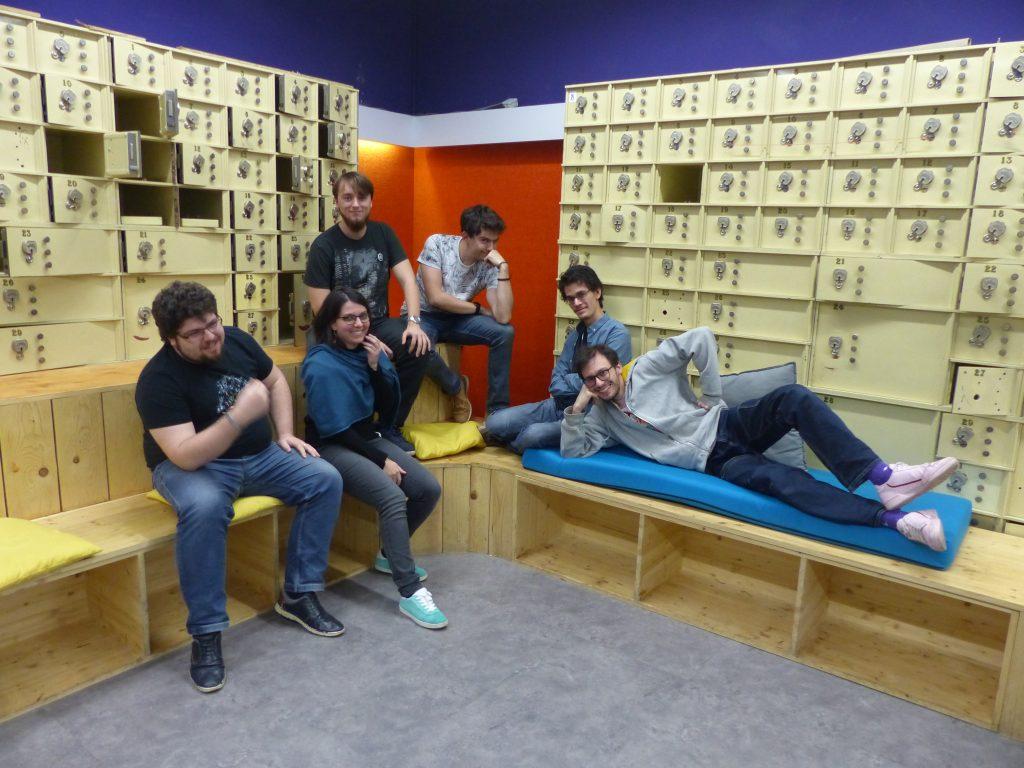 Les six membres de l'équipe Recyclotrons
